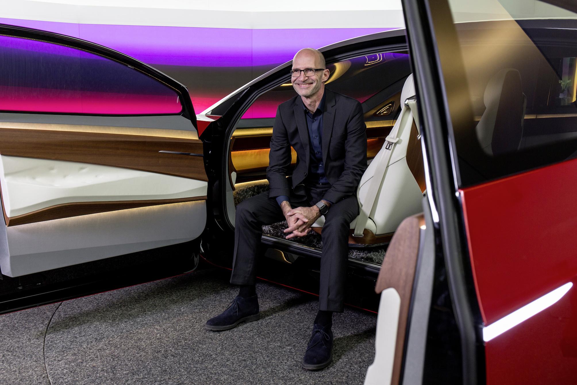 Le patron du design Volkswagen nous explique les défis du design de 2025