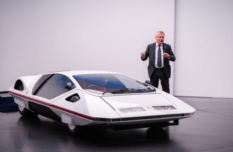 A Modulo stamp for his 50th birthday and the 90th birthday of Pininfarina